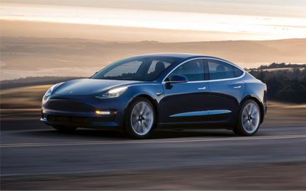 voiture électrique autonome la Model 3 est un point central dans la stratégie de Tesla